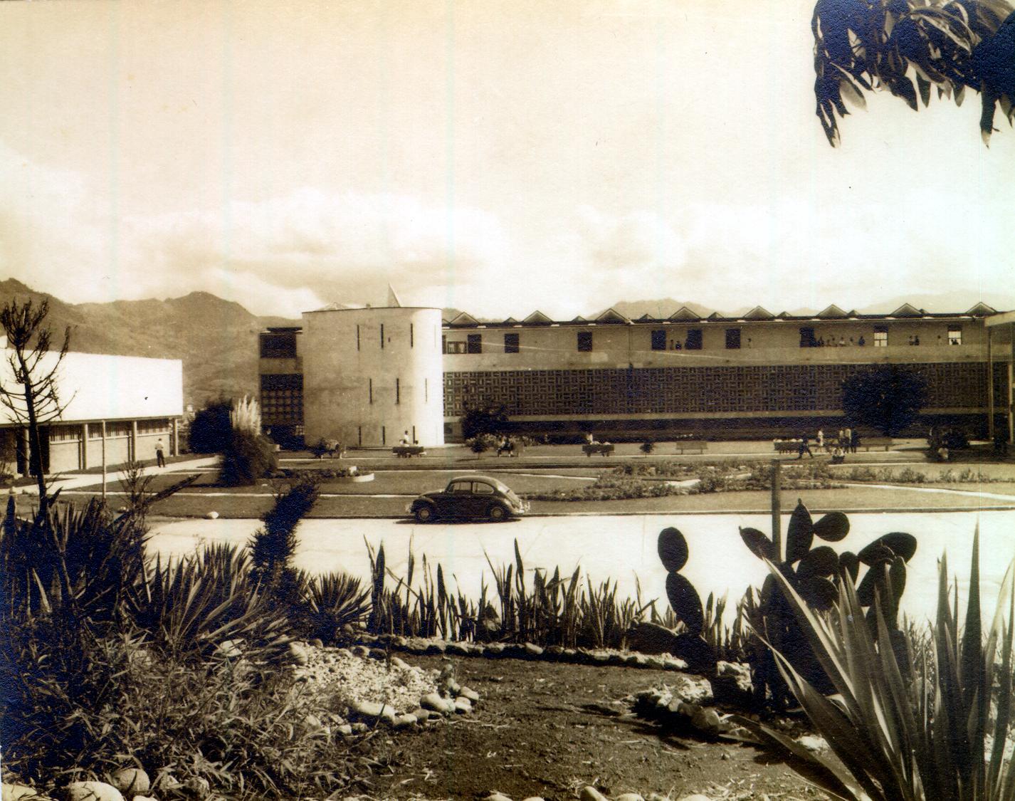 edificio administrativo antiguo
