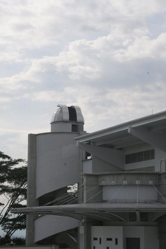 Edificio Bloque-Y Observatorio Universidad Tecnológica de Pereira