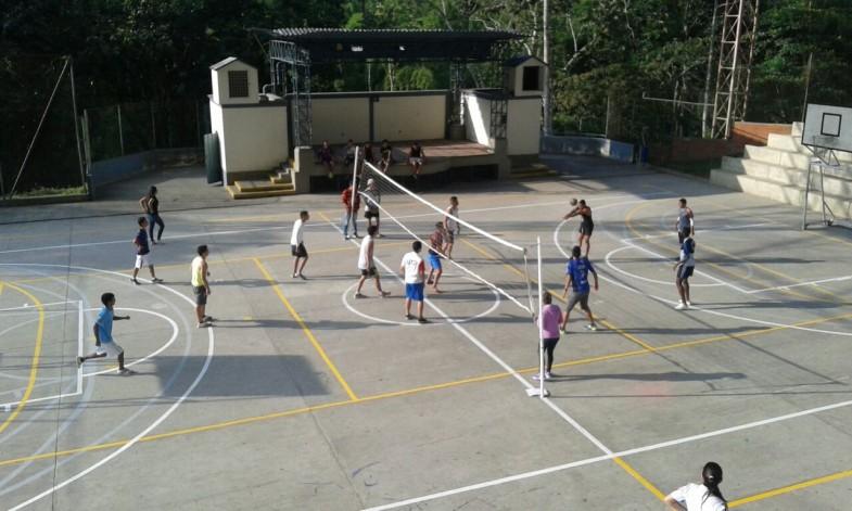 Primer Torneo interno de Voleibol. Sede la Julita   (1)